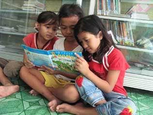 Community Library Safe For Children: Jakarta, West Java